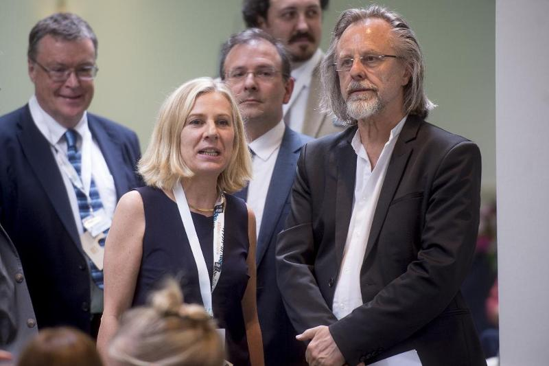 Veronique Desbrosses and Jan A. P. Kaczmarek pictured during the conference